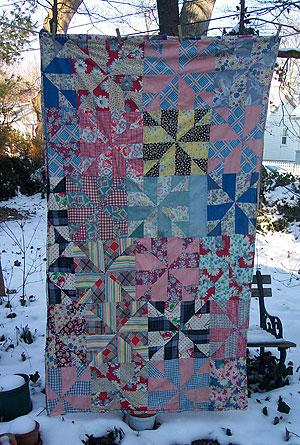 1999 - Dimensional Pinwheel Quilt Block - CompuQuilt's Fun Stuff